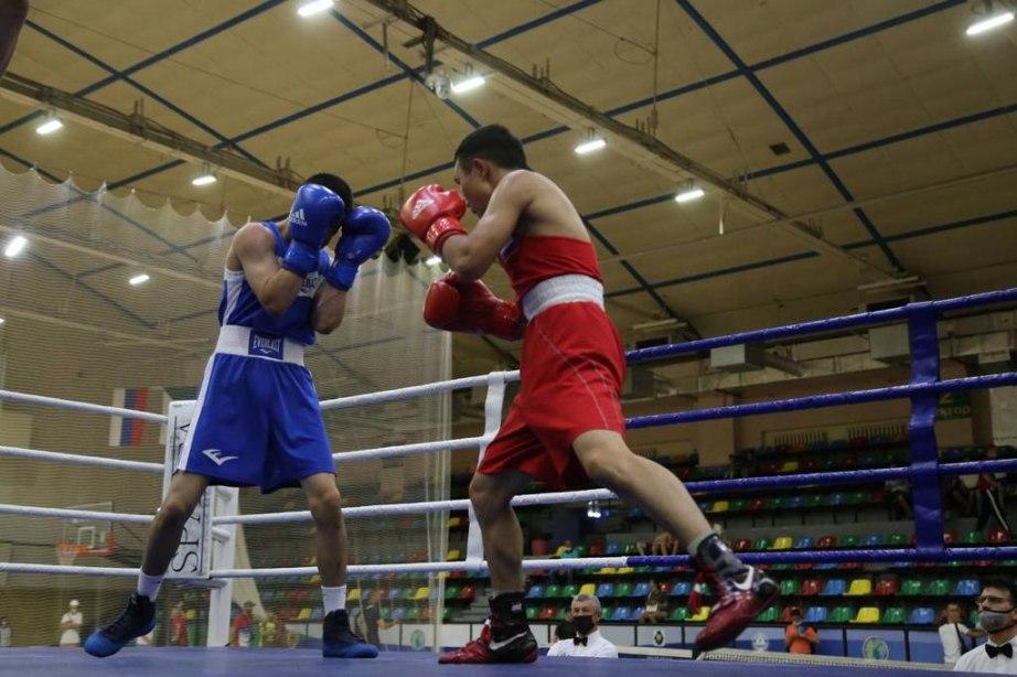 Семь медалей чемпионата ДФО по боксу завоевали спортсмены