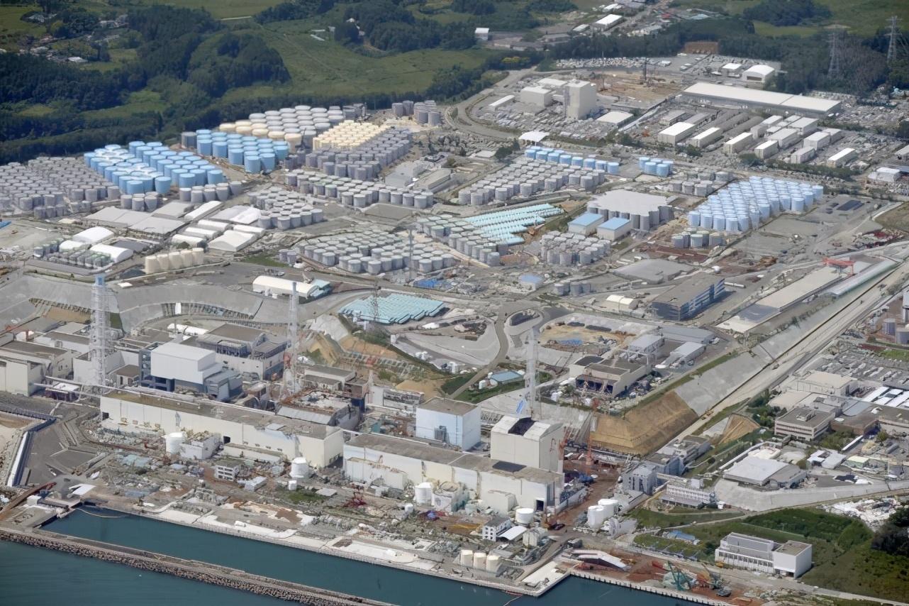 Более 1,25 млн тонн радиоактивной воды с японской Фукусимы могут хлынуть на Россию