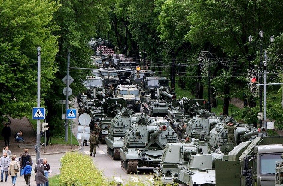 В дни проведения репетиций парада Победы в Хабаровске изменится движение транспорта