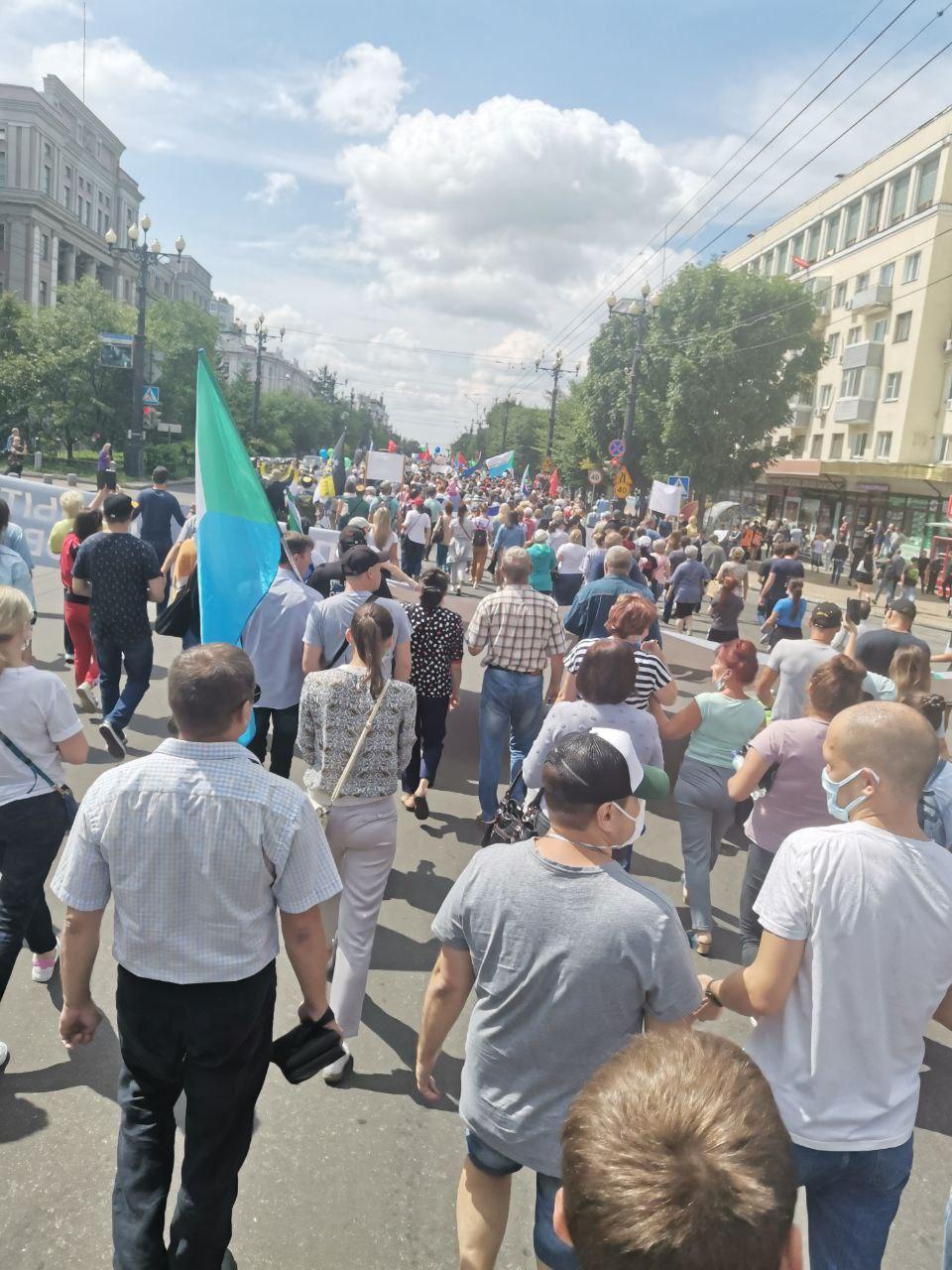 Количество участников несанкционированных мероприятий в Хабаровске снижается, но это не точно