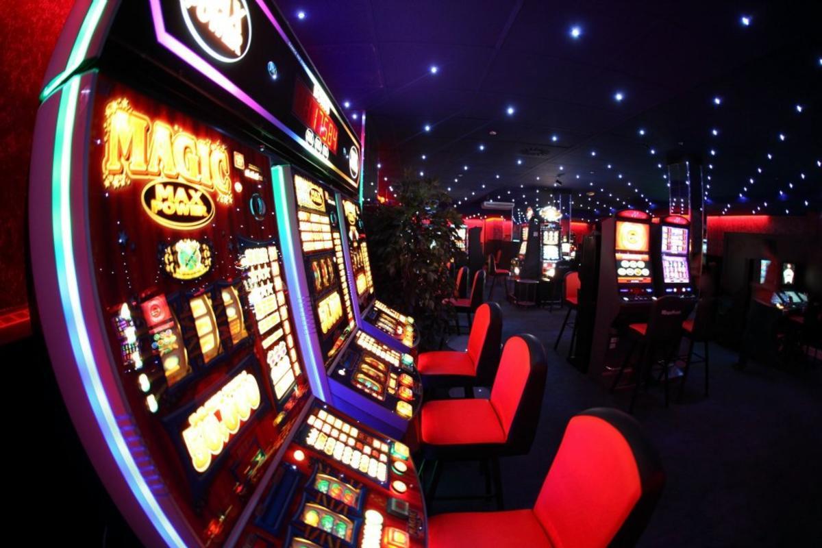 заработок денег онлайн казино