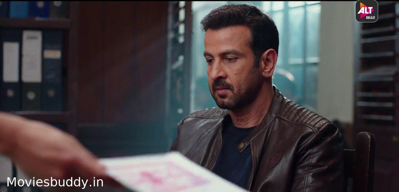 Movie Screenshot of Kehne Ko Humsafar Hain