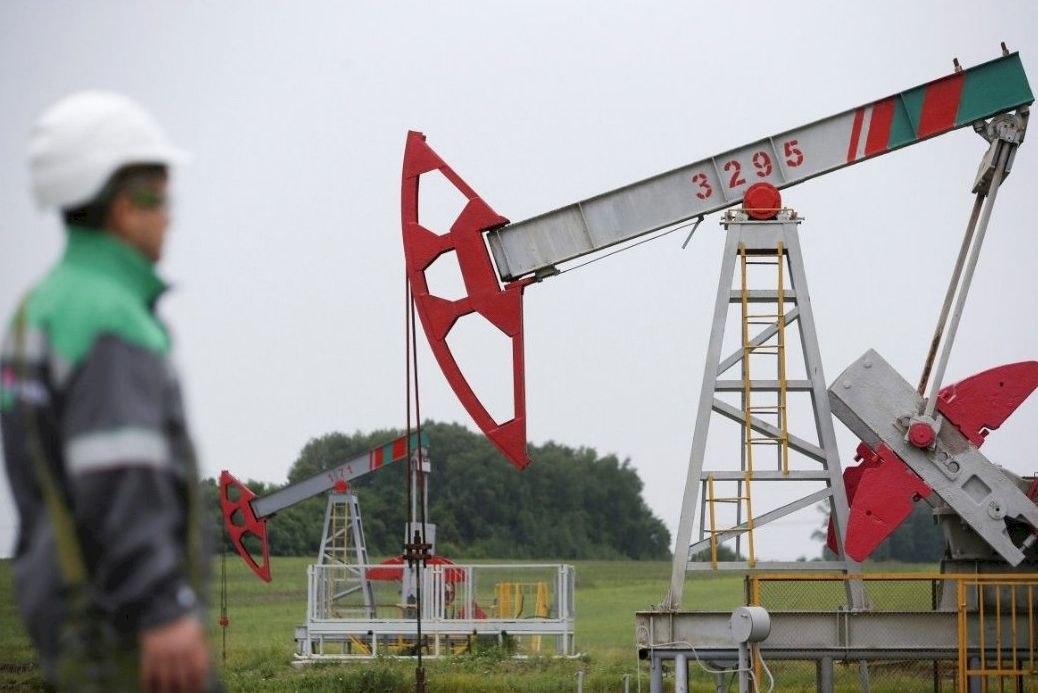 Дальний Восток лидирует в России по ценам на бензин и дизтопливо