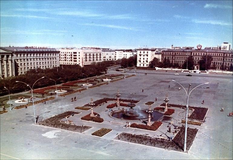 История площади Ленина