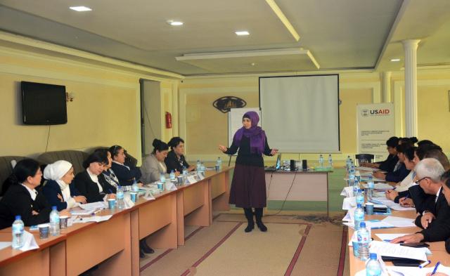 Термизда оила институти масалаларига бағишланган семинар-тренинг бўлиб ўтди