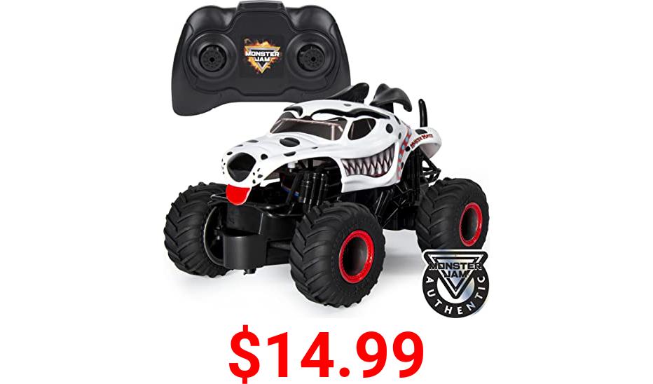 Hot Wheels Monster Mutt Dalmatian Truck (2017, New Truck - Team Flag Series Monster Jam Dog Pound)