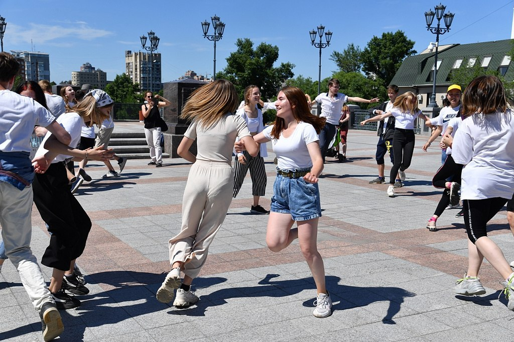 В Хабаровске прошёл танцевальный фестиваль «Лови ритм!»