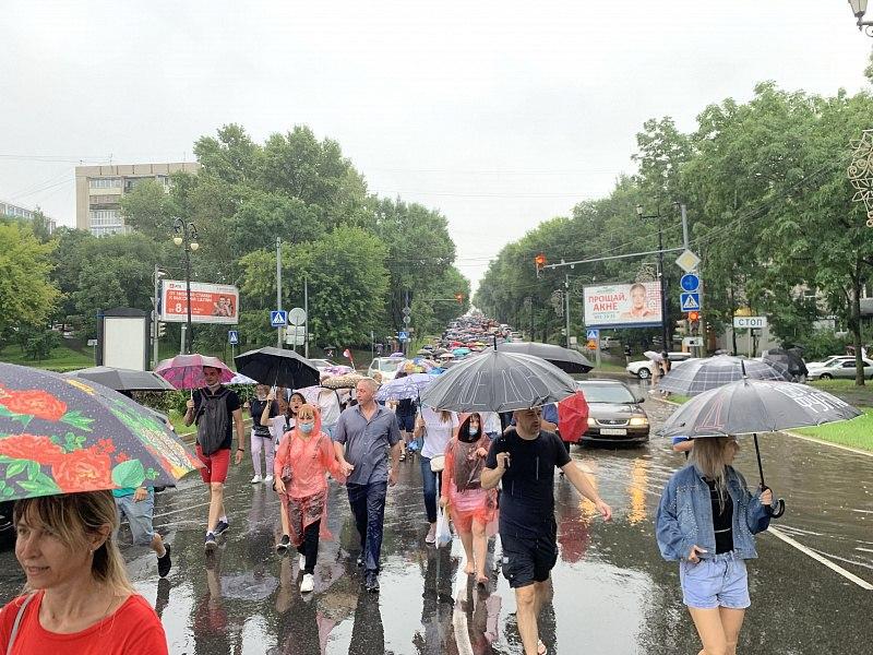 Администрация Хабаровска: 3,5 тыс человек вышли на митинг в поддержку экс-губернатора Фургала