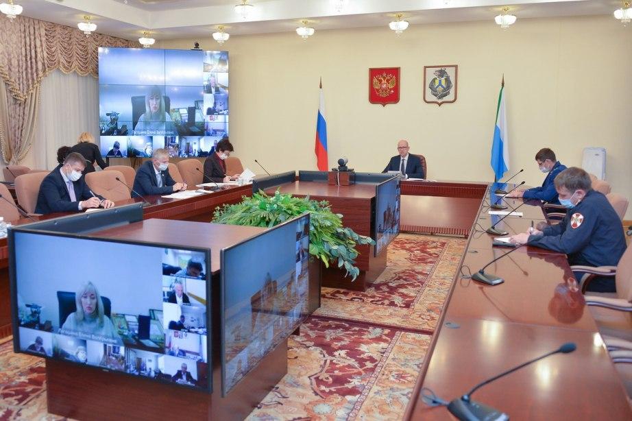 В Хабаровске ужесточают ограничения из-за коронавируса