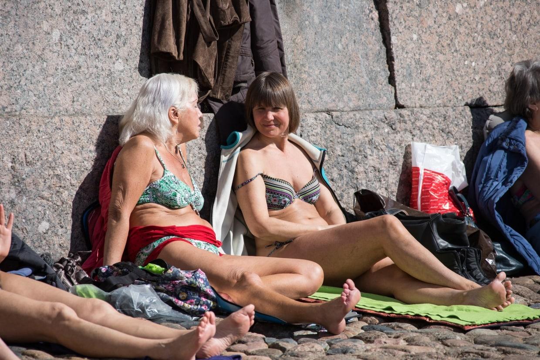 Апрельский загар: петербуржцы по максимуму использовали день внезапного лета