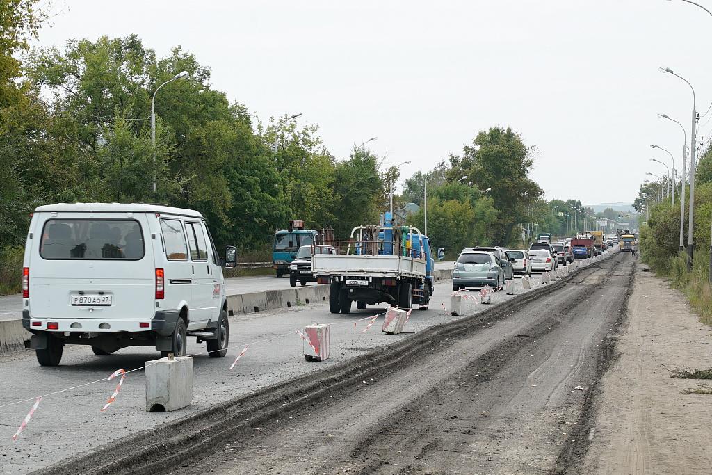 Ремонт дороги по проспекту 60-летия Октября стартовал в Хабаровске