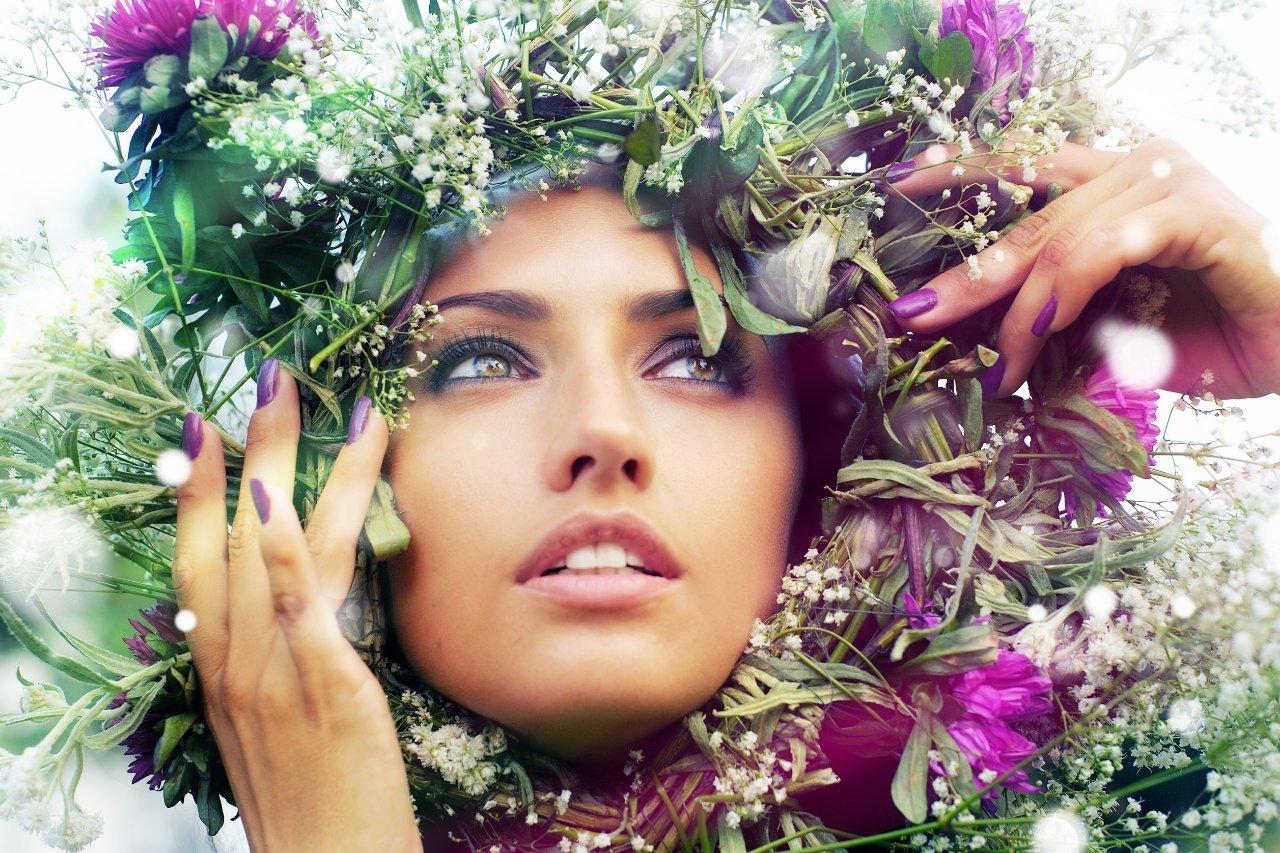 Открытки с красивой природой и женщиной
