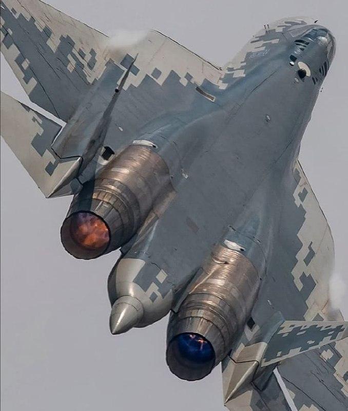 Новый истребитель «Сухой» пятого поколения