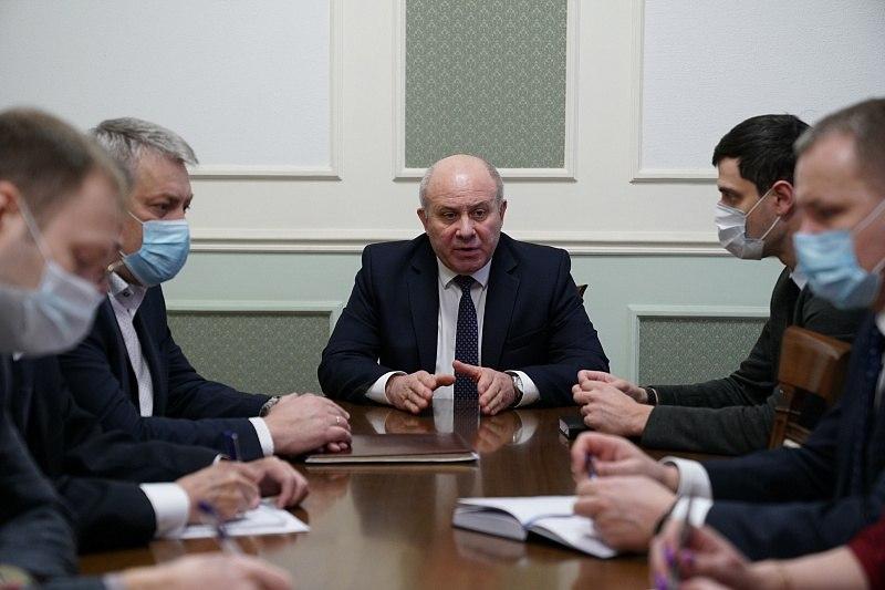 Мэр Хабаровска поручил организовать похороны пяти человек