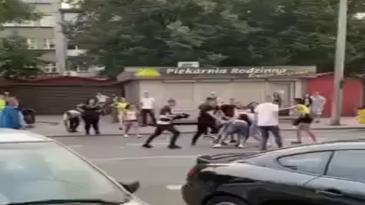 Chica de 19 fallece bajo las ruedas de un autobús