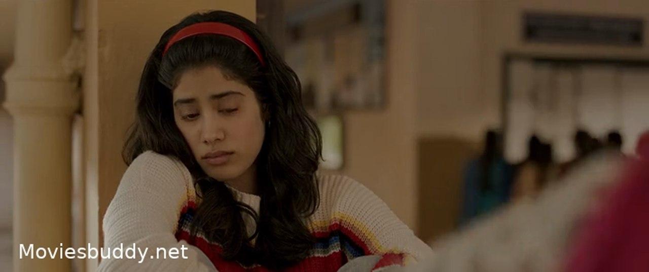 Screenshot of Gunjan Saxena: The Kargil Girl