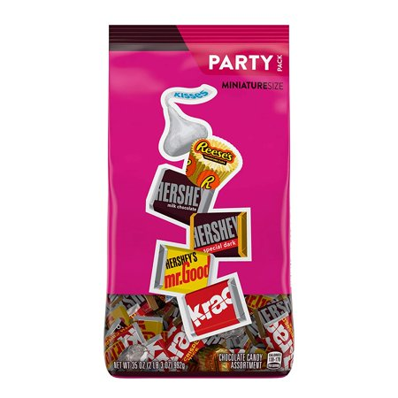 HERSHEYS Valentines Day Chocolate Candy Assortment (KISSES, REESES, and HERSHEYS Miniatures), Bulk Bag, 35 Ounce