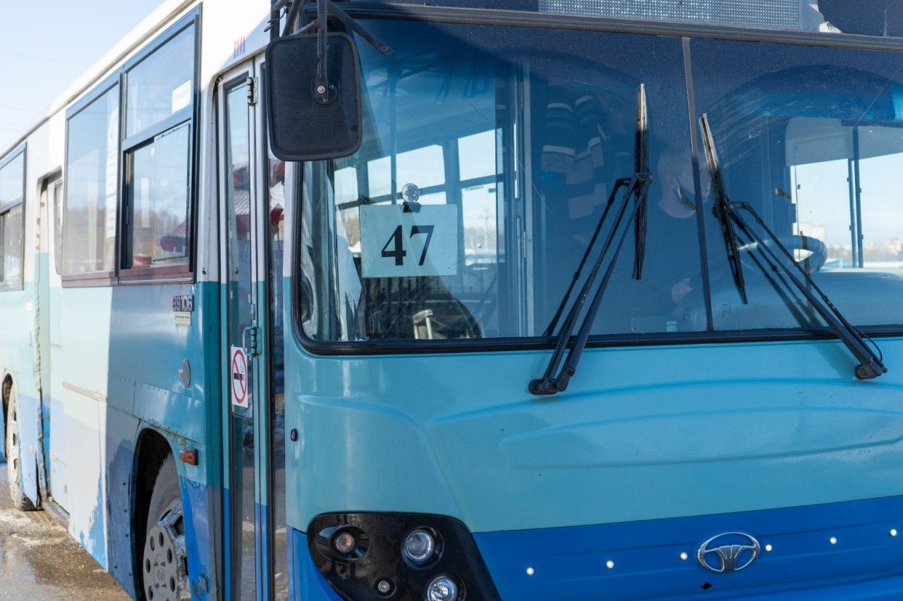 В праздничные дни пассажирский транспорт будет работать по расписанию выходных