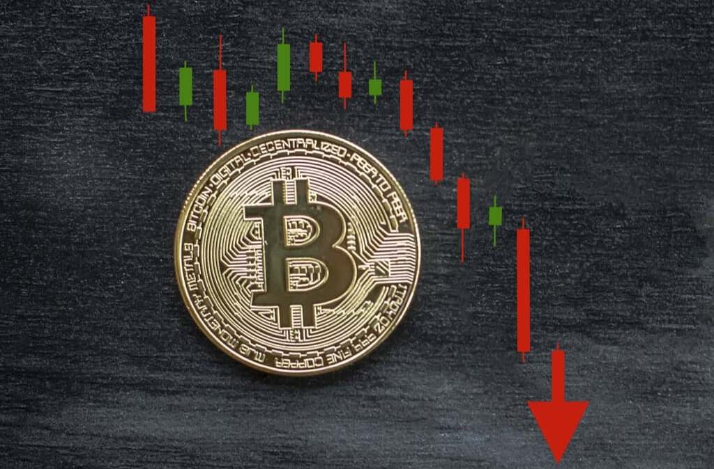 Why Bitcoin fell to 3300$. When will it grow?