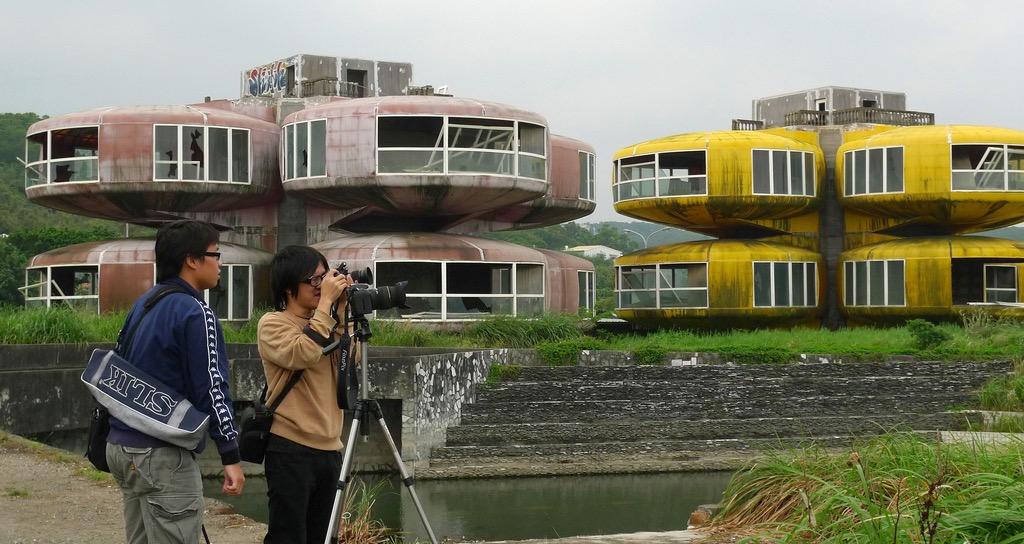Фото заброшенной деревни сан жи в тайване