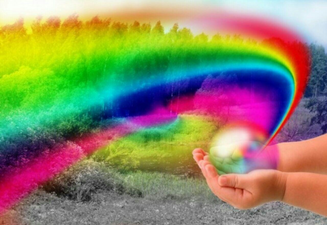подходящую радуга в руках картинки диета помогает стопить