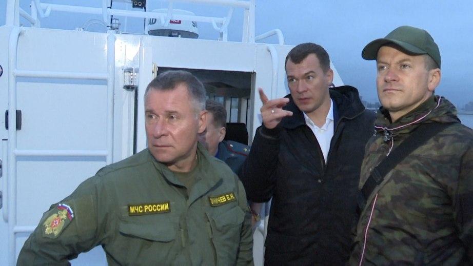 Глава МЧС России Евгений Зиничев лично оценил готовность Хабаровска к паводку