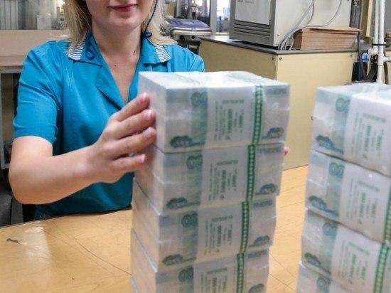 За какую работу в России готовы платить больше 100 тысяч рублей
