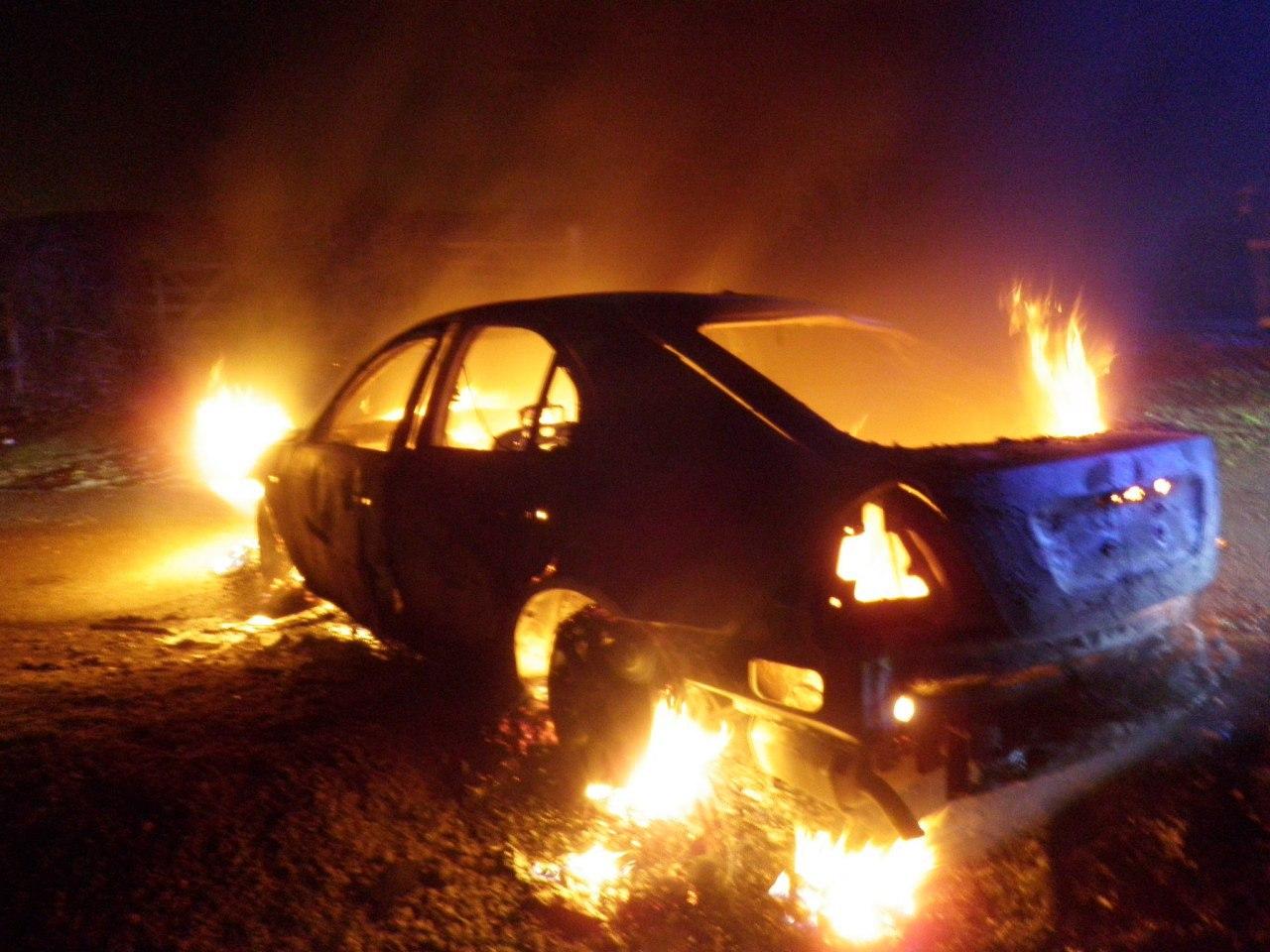 Хабаровчанка на почве ревности сожгла авто бывшего парня