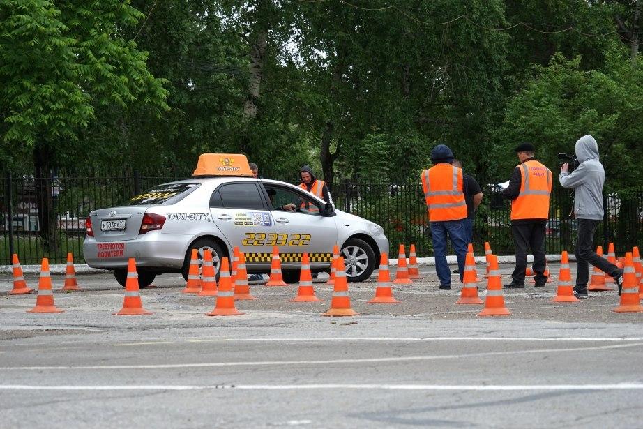 Лучших водителей такси выберут в Хабаровске