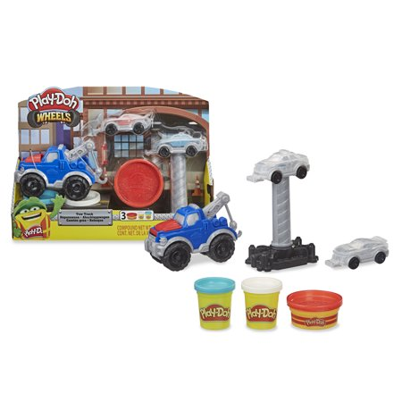 Play-Doh Wheels Tow Truck Toy with 3 Non-Toxic Play-Doh Colors, (6 oz)
