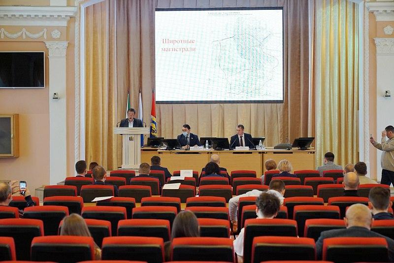 Создание развязок и новых дорог обсудили в Хабаровске
