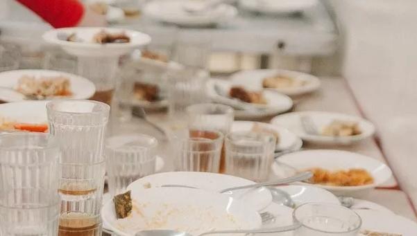 «Артис-детское питание» и «ТЗБ Петроградская» устроили хаос на рынке школьного питания в Петербурге