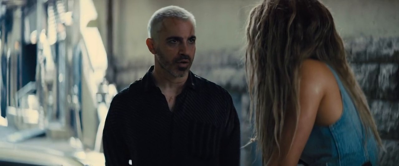 Video Screenshot of Birds of Prey: And the Fantabulous Emancipation of One Harley Quinn