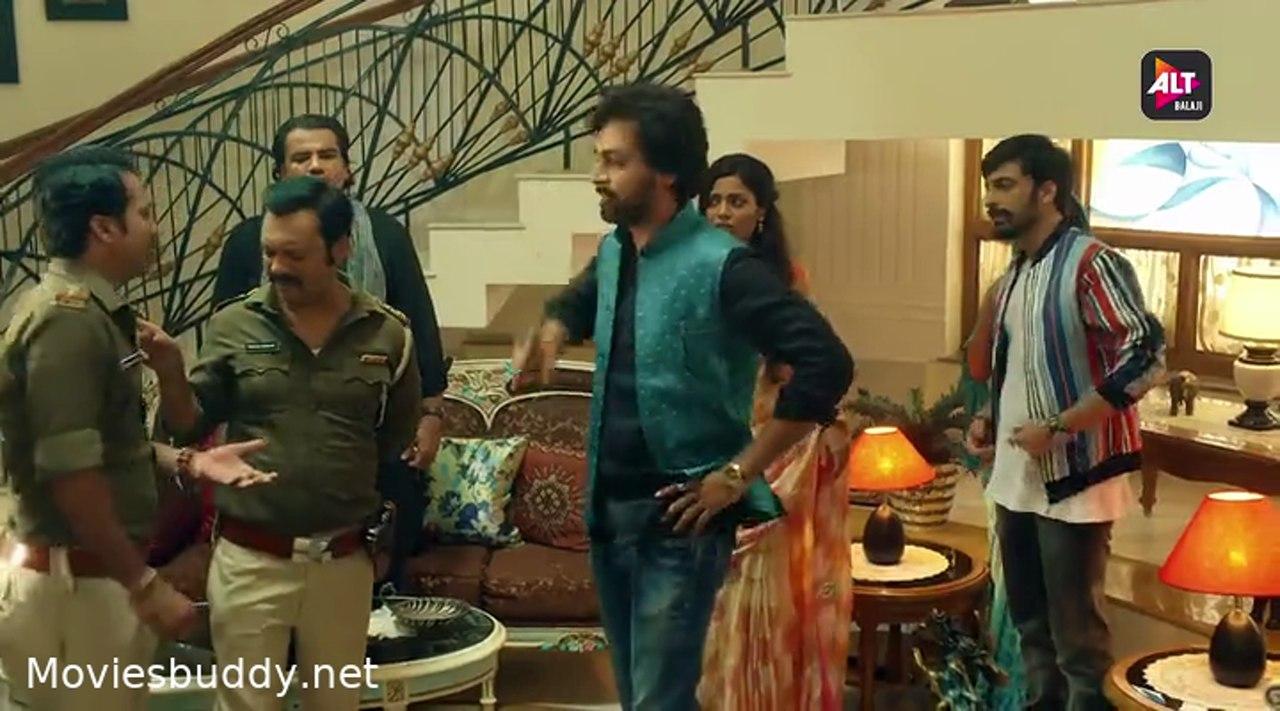 Movie Screenshot of Bicchoo Ka Khel
