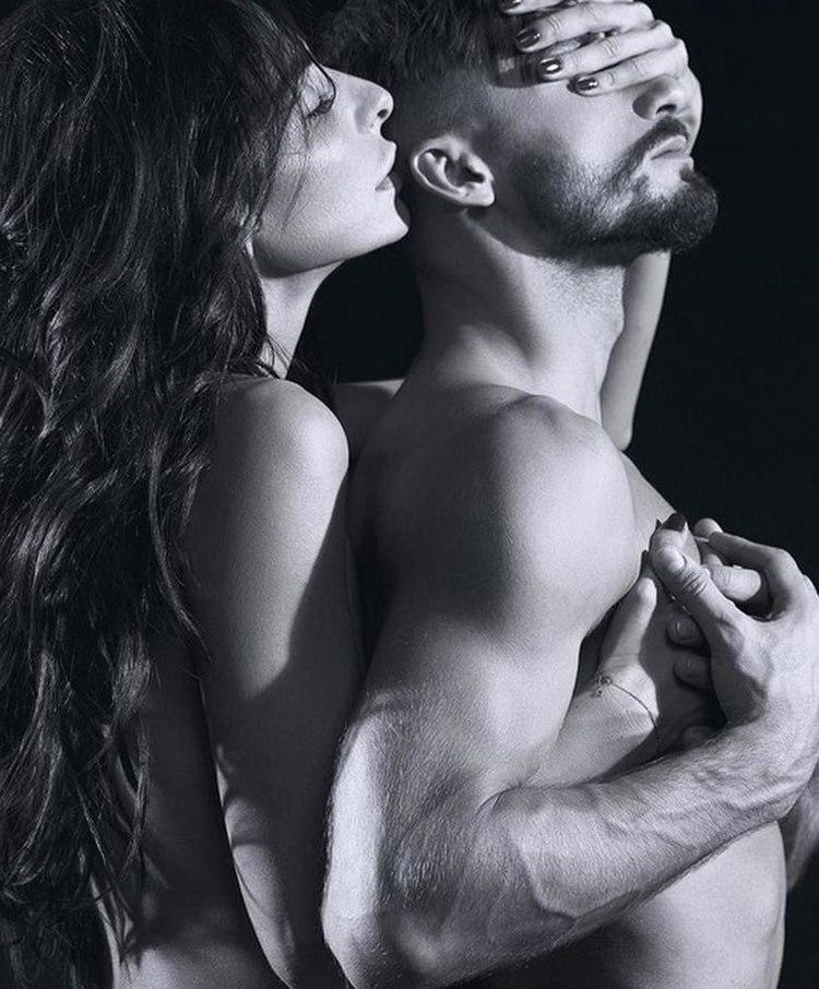 Парень трахает безумно сексуальную красивую молодую русскую девушку юноша