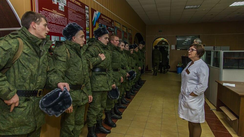 Военнослужащих Хабаровска начали вакцинировать от коронавируса