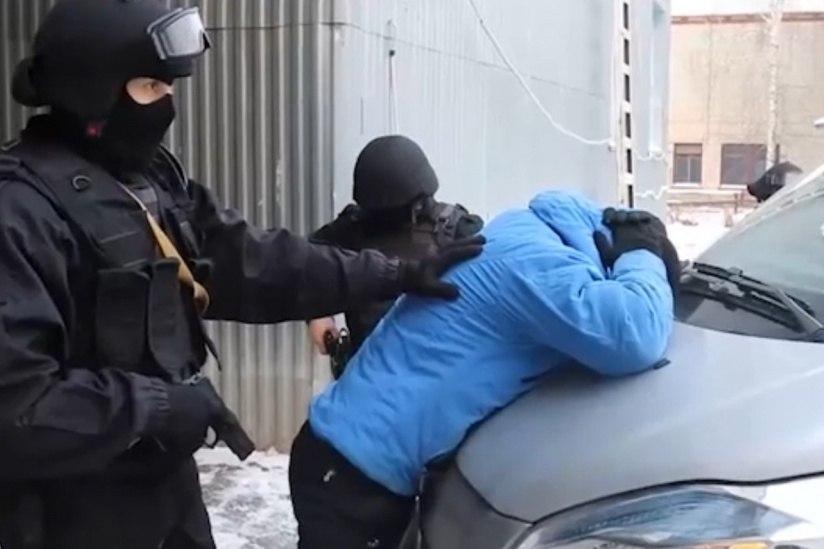 В Хабаровске задержали банду вымогателей