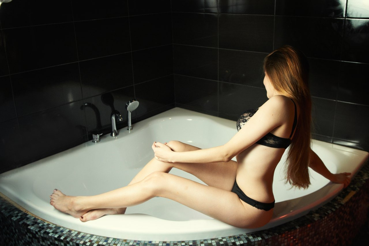 Milf Escorts Cleveland And Tantra Massage In Cleveland