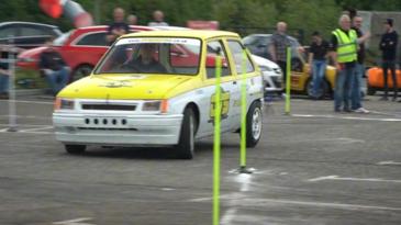 Slalom bestiales de coches