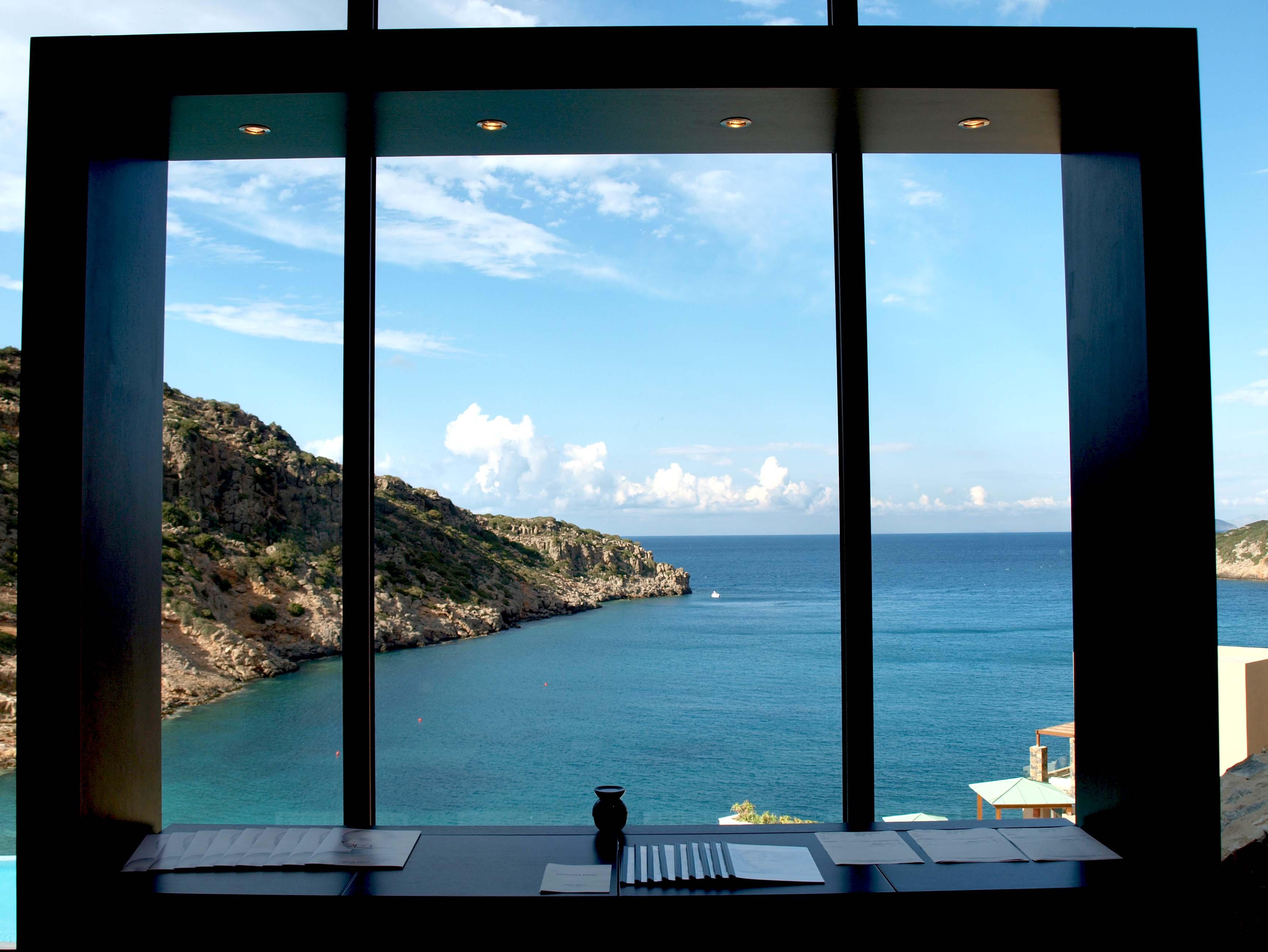 выезд терминал открытое окно на море фото принять внимание, что