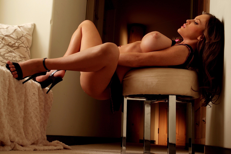 Sexy women posing free image