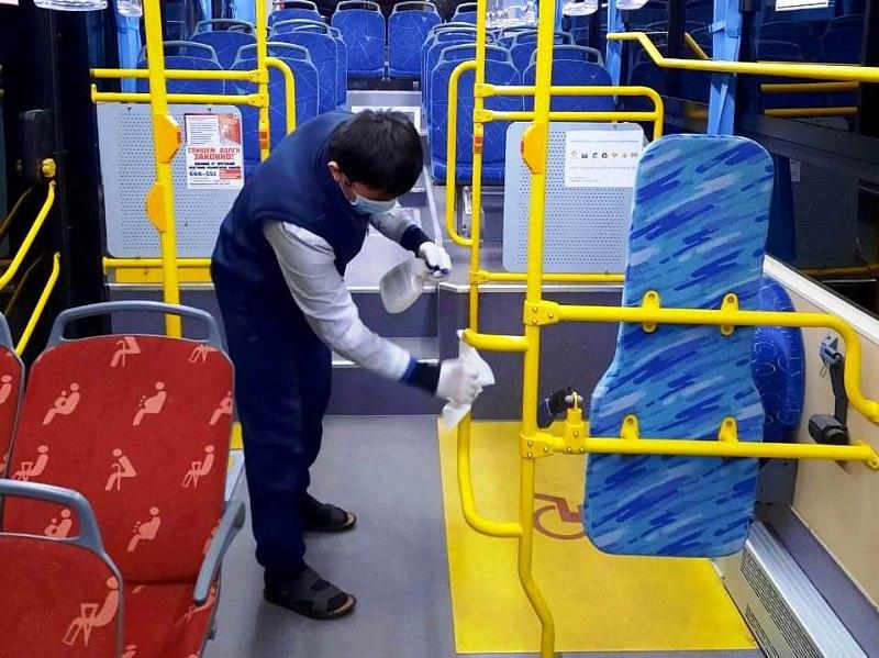 Тщательность дезинфекции пассажирских автобусов проконтролировали в Хабаровске
