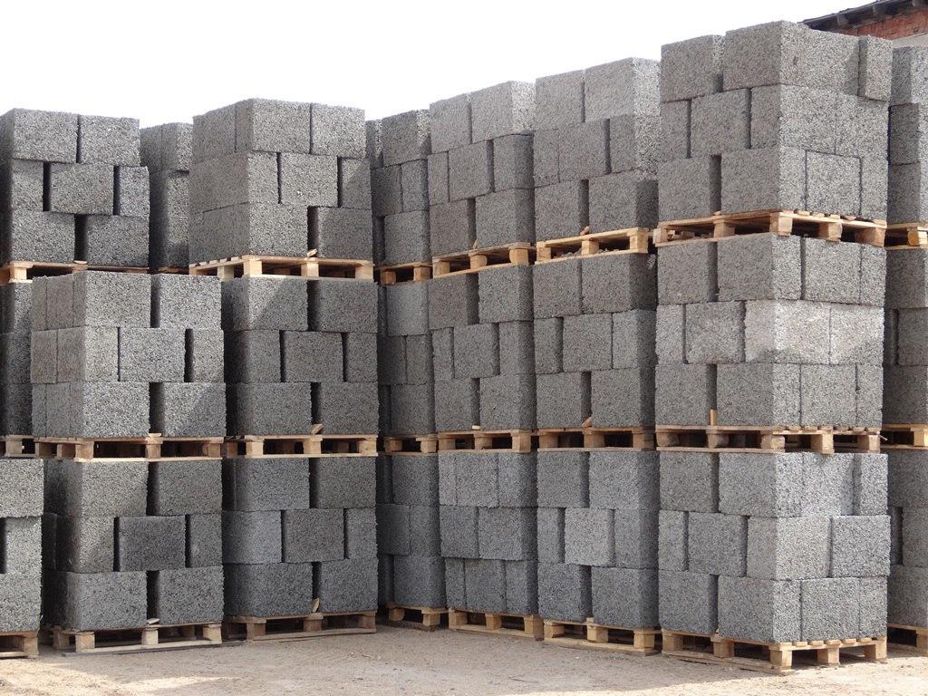 производим арболитовые блоки