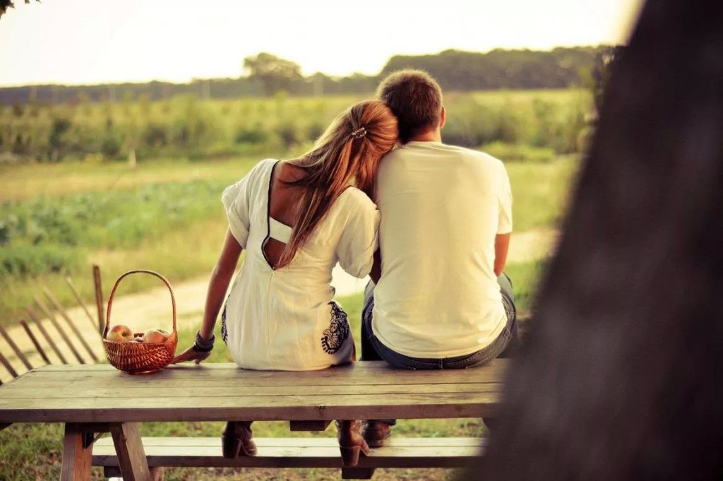 Картинка влюбленные вместе