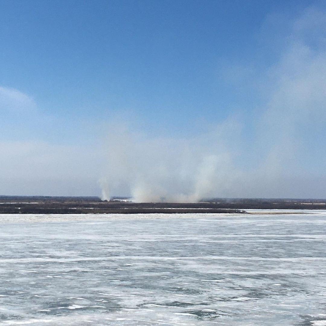Массовые сообщения о палах травы получили пожарные в Хабаровском крае