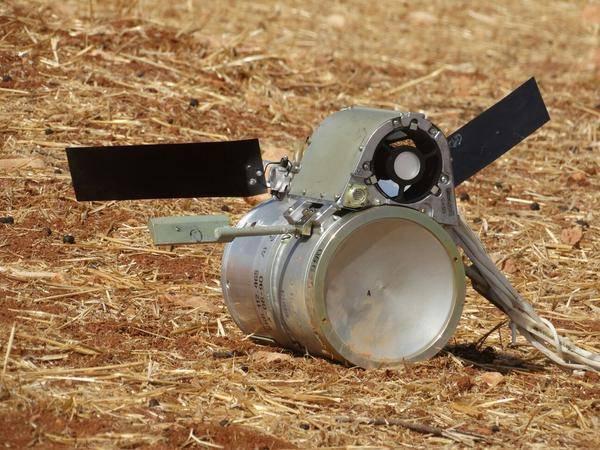 Азербайджан применил 300 мм реактивные снаряды к РСЗО Смерч с кассетной боевой