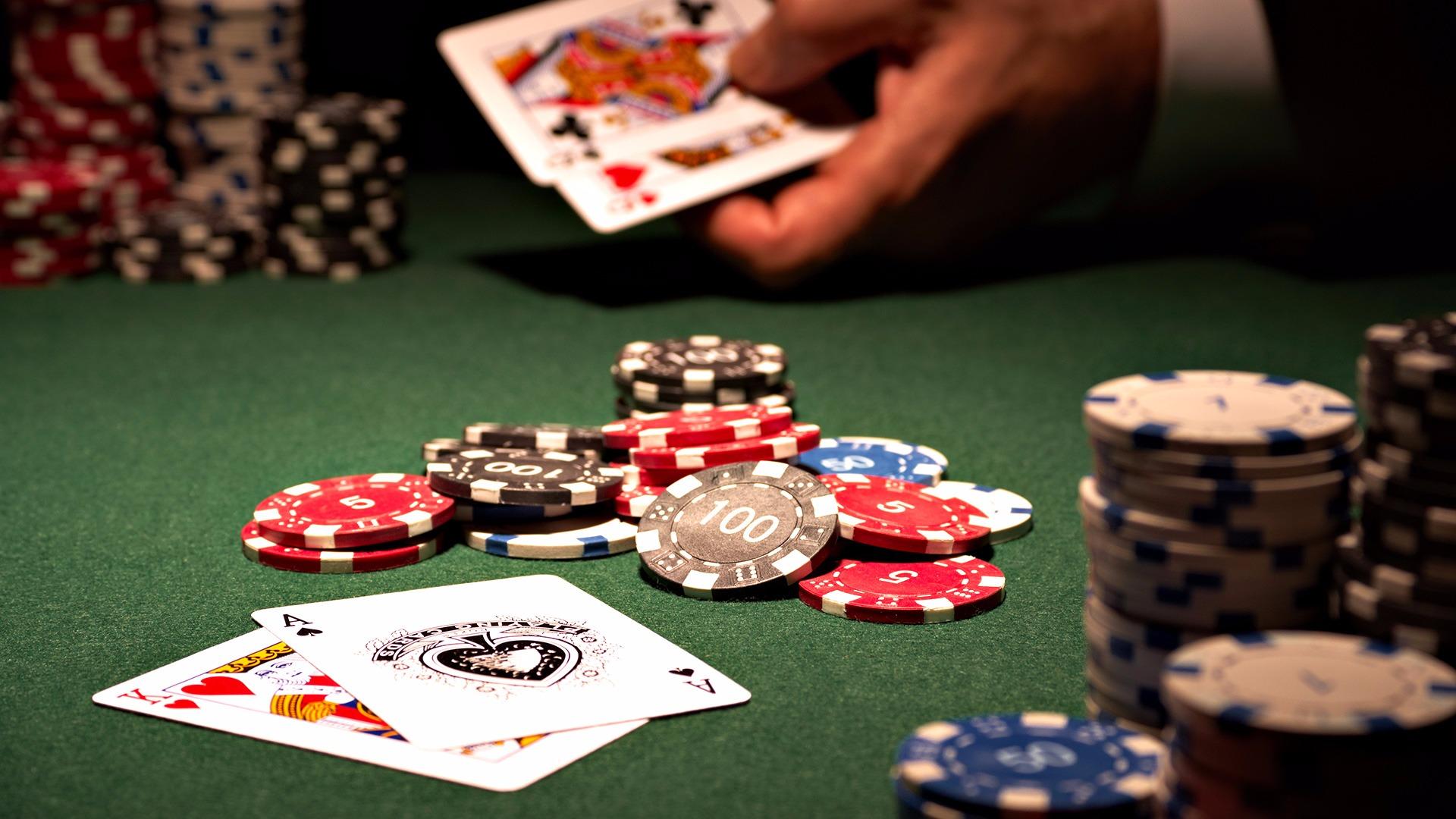 предлагаю играть в казино за мои деньги