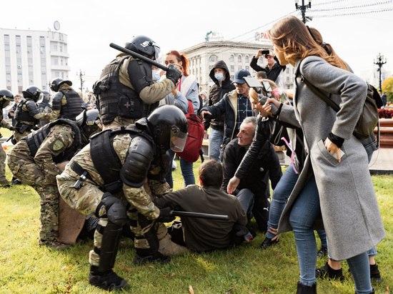 Прокуратура проверит действия ОМОН на Хабаровском митинге