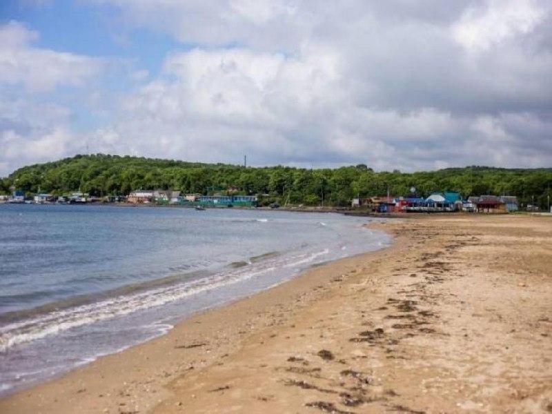 43 пляжа в Приморье признали безопасными для купания