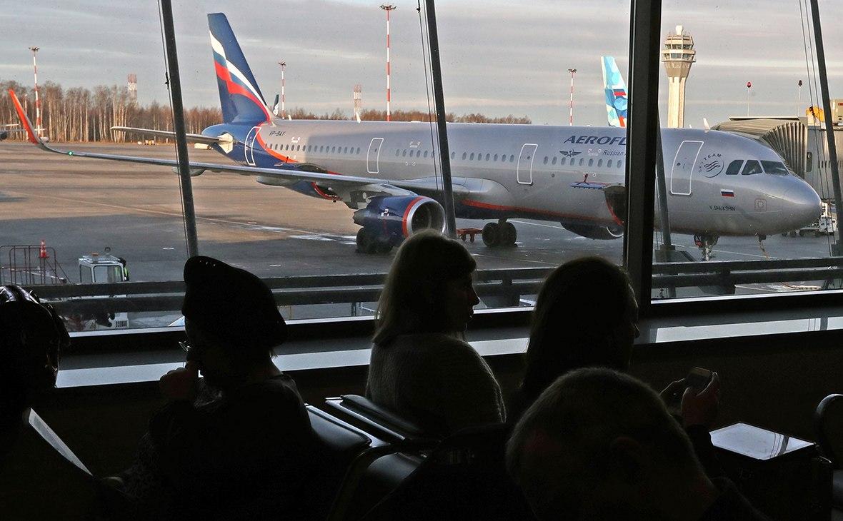 Путин поручил снять возрастные ограничения для льготных авиабилетов на Дальний Восток